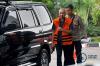 Kajari Pamekasan nonaktif Rudi Indra Prasetya bersiap menjalani pemeriksaan di Gedung KPK Jakarta, Selasa (12/9).