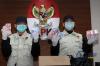 Dalam konferensi pers itu KPK telah menetapkan lima orang tersangka yaitu  Bupati Batubara, Sumatera Utara, OK Arya Zulkarnain, Kepala Dinas PUPR serta pihak swasta dan kontraktor.