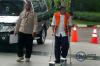 Kepala Dinas PU Kabupaten Batubara Helman Herdady tiba di kantor KPK di Jakarta untuk menjalani pemeriksaan lanjutan, Selasa (3/10).