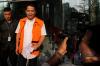 Wali Kota Cilegon (nonaktif) Tubagus Iman Ariyadi tiba untuk menjalani pemeriksaan di gedung KPK di Jakarta, Rabu (11/10).