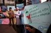 Mereka mendesak penuntasan kasus penyiraman air keras terhadap penyidik KPK Novel Baswedan, mendukung pengusutan berbagai kasus besar seperti e-KTP dan menolak pembubaran KPK.