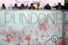 Politisi Tsamara Atmani, Emerson Yunto (ICW), musisi Mike Marjinal, tokoh pemuda Virgo Sulianto Gohardi dan Khamami Zada saat menjadi pembicara di diskusi dengan tema Pemuda dan Jihad Melawan Korupsi di Jakarta, Kamis (9/11) malam.