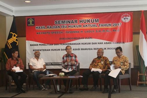 Launching hasil penelitian Balitbang Hukum dan HAM mengenai Pengisian Jabatan Tinggi. Foto: MYS