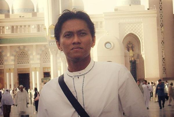 Penafsiran Konstitusi dan Identitas Tafsir Konstitusi Oleh: M. Ilham Hermawan*)