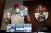 KPK resmi menetapkan dan menahan empat tersangka hasil OTT di Kalimantan Selatan dan Surabaya yakni Bupati Hulu Sungai Tengah Kalimantan Selatan Abdul Latif, Ketua Kadin Barabai Fauzan Rifani, Direktur PT Sugriwa Agung Abdul Basit dan Dirut PT Menara Agung Donny Witono terkait kasus suap pembangunan RSUD Damanhuri, Kalsel dengan komitmen fee suap sebesar R3,6 miliar.