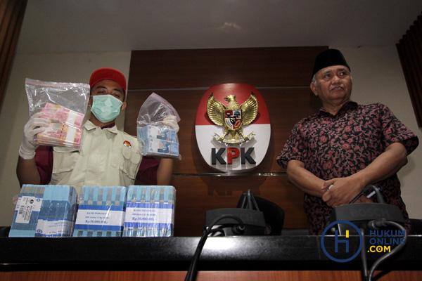 Sepak Terjang Abdul Latif, Bupati HST Tersangka KPK