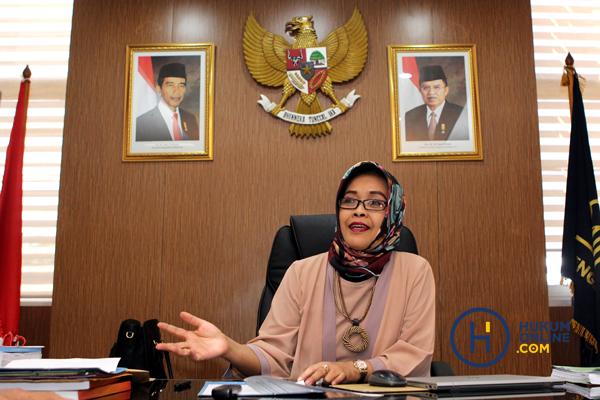 Prof Enny Nurbaningsih: Terobsesi Pembaharuan Sistem Hukum Sejak SMA