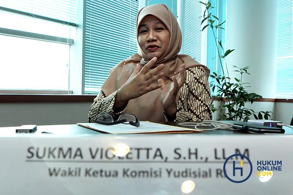 Sukma Violetta: Dari Aktivis Lingkungan, Peradilan Hingga Pengawas Hakim
