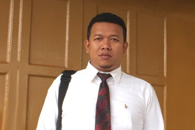 Judicial Review Non Litigasi dalam Perspektif Negara Hukum Oleh: Andryan*)