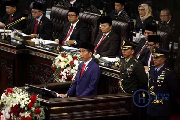 Kinerja Tiga Lembaga Hukum di Mata Presiden
