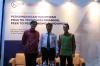 """Bapak Ricky Pratomo (kiri) selaku Editor dari Hukumonline.com, Bapak Hendrikus Passagi (tengah) selaku DirekturPengaturan Perizinan dan Pengawasan Financial Technology dariOtoritas Jasa Keuangan, dan Bapak Abadi Abi Tisnadisastra (kanan) selaku Partner dari AKSET Law dalam Sesi dua (2) Diskusi Hukumonline 2019 """"Perkembangan Hukum dan Praktik Teknologi Finansial Peer to Peer Lending di Indonesia"""" , Kamis (11/04). Foto: Redaksi"""