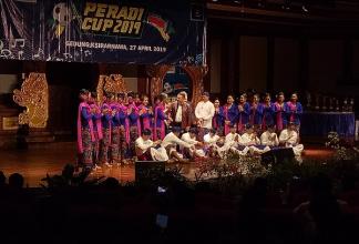 Kegemilangan Paduan Suara DPC Denpasar di Peradi Cup 2019 dan Cerita di Baliknya