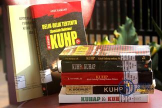 Kisah Klasik Kitab Undang-Undang Hukum Pidana dan Polemik Terjemahannya