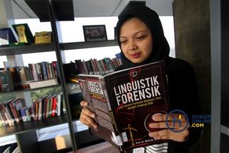 Bahasa dalam Lensa Hukum: Analogi DNA pada Teks Linguistik