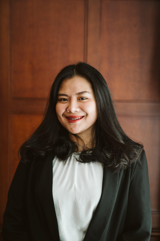 Claudia Bhara Pradita, S.H., M.I.Kom.