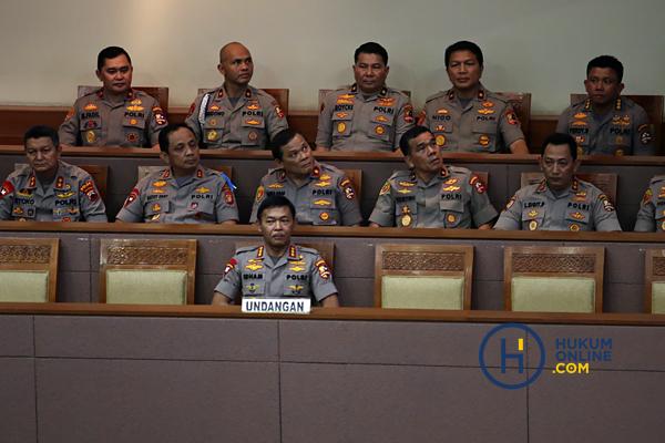 Kapolri Jenderal (Pol) Idham Azis saat rapat paripurna persetujuan dirinya sebagai Kapolri, Rabu (30/10). Foto: RES