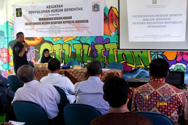 Penyuluhan hukum yang dilakukan BPHN. Foto: BPHN
