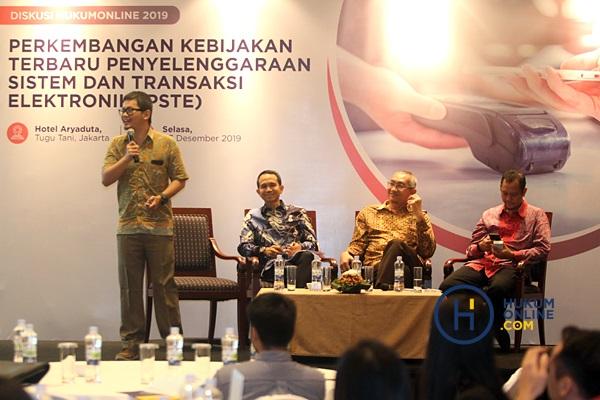 """Acara diskusi Hukumonline dengan topik """"Perkembangan Terbaru Penyelenggaraan Sistem dan Transaksi Elektronik Berdasarkan PP 71 Tahun 2019 (PSTE)"""" di Jakarta, Selasa (3/12). Foto: RES"""