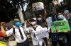 Demo Kemendikbud Orang Tua Siswa Protes Syarat Usia PPDB DKI Jakarta 2.JPG