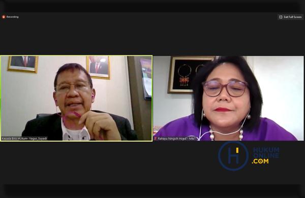 Narasumber Webinar: Bapak Yagus Suyadi dan Ibu Rahayu Ningsih Hoed