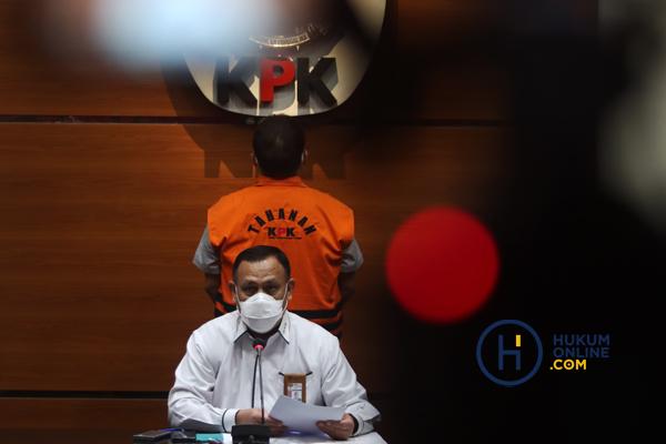 KASUS LAHAN MUNJUL KPK TAHAN DIRUT ABAM 2.jpg