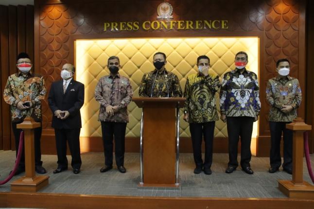 Peringatan Hari Konstitusi dan Hari Ulang Tahun Ke-76 MPR RI. Foto: Istimewa.