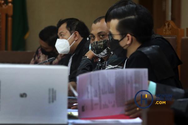 Sidang Robin Mantan Penyidik KPK dan Maskur Husain Pengacara Hadirkan Tiga Saksi 2.jpg