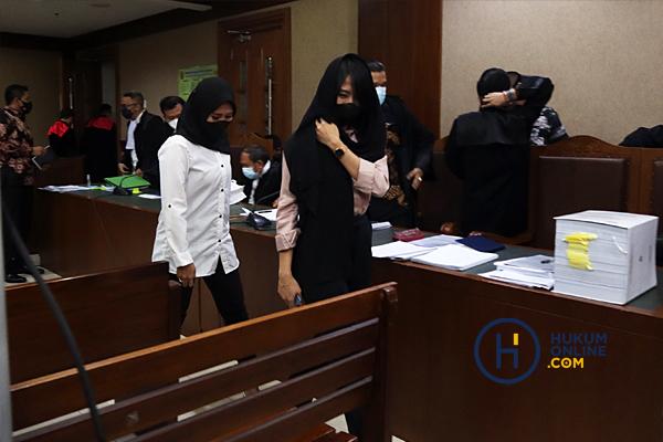Sidang Robin Mantan Penyidik KPK dan Maskur Husain Pengacara Hadirkan Tiga Saksi 3.jpg