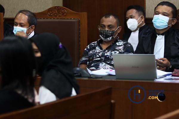Sidang Robin Mantan Penyidik KPK dan Maskur Husain Pengacara Hadirkan Tiga Saksi 6.jpg