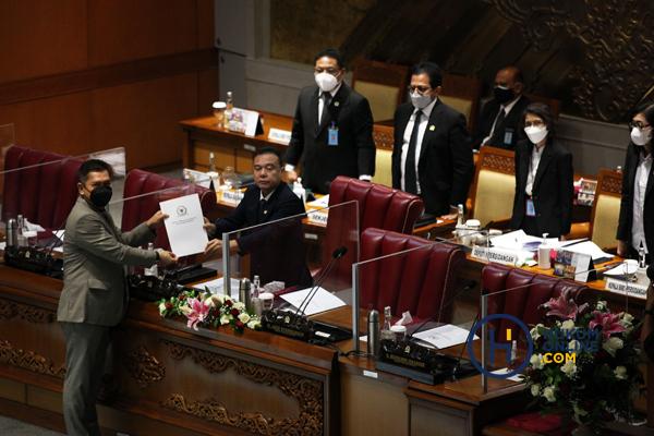 Tujuh Anggota Hakim Agung Terpilih Ditetapkan di Rapat Paripurna DPR RI 2.jpg