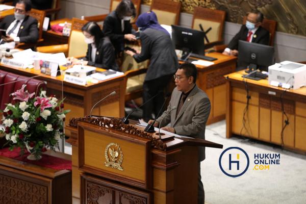 Tujuh Anggota Hakim Agung Terpilih Ditetapkan di Rapat Paripurna DPR RI 3.jpg