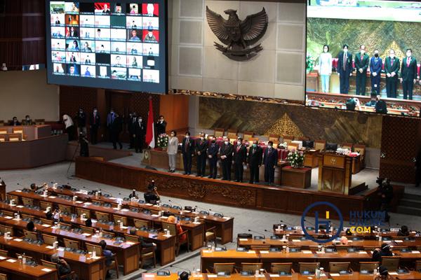 Tujuh Anggota Hakim Agung Terpilih Ditetapkan di Rapat Paripurna DPR RI 4.jpg