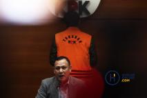 Pemberhentian Azis Syamsuddin Tunggu Berstatus Terdakwa