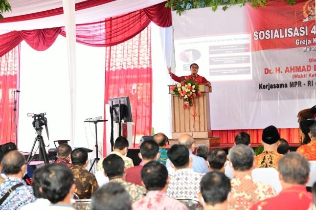 Di Depan Pendeta GKJW Jawa Timur, Ahmad Basarah Ajak Teladani Pendiri Bangsa