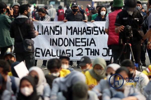 Aksi Unjuk Rasa Dua Tahun Pemerintahan Jokowi